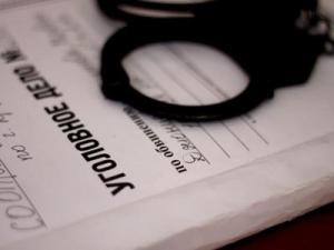 как работает бесплатный адвокат по уголовным делам