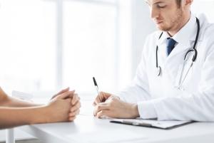 как поступить, если врач принуждает к согласию на прививку
