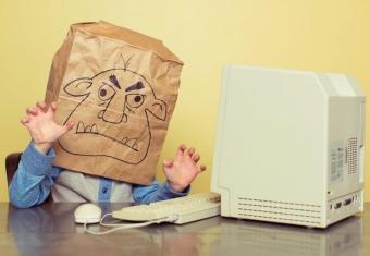 Можно ли привлечь к ответственности за оскорбление в интернете?