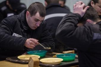 Сколько раз кормят в тюрьме