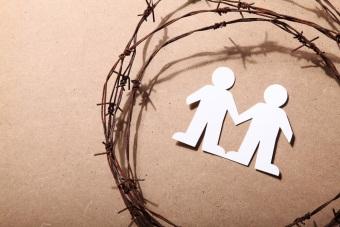 Нарушение и ущемление прав человека