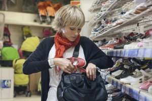 Наказание за попытку кражи из магазина: уголовная или административная ответственность?