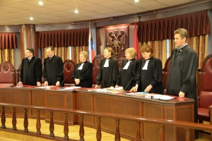 Куда обращаться с жалобой на неправомерное решение суда
