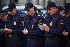 Имеет ли право сотрудник полиции проверять документы на улице?