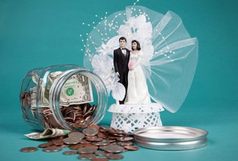 Кто такие брачные аферисты и как их наказать по закону?